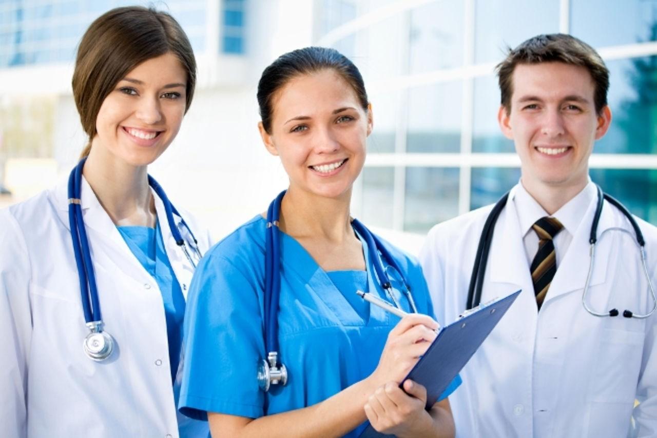 дипломированный персонал клиники